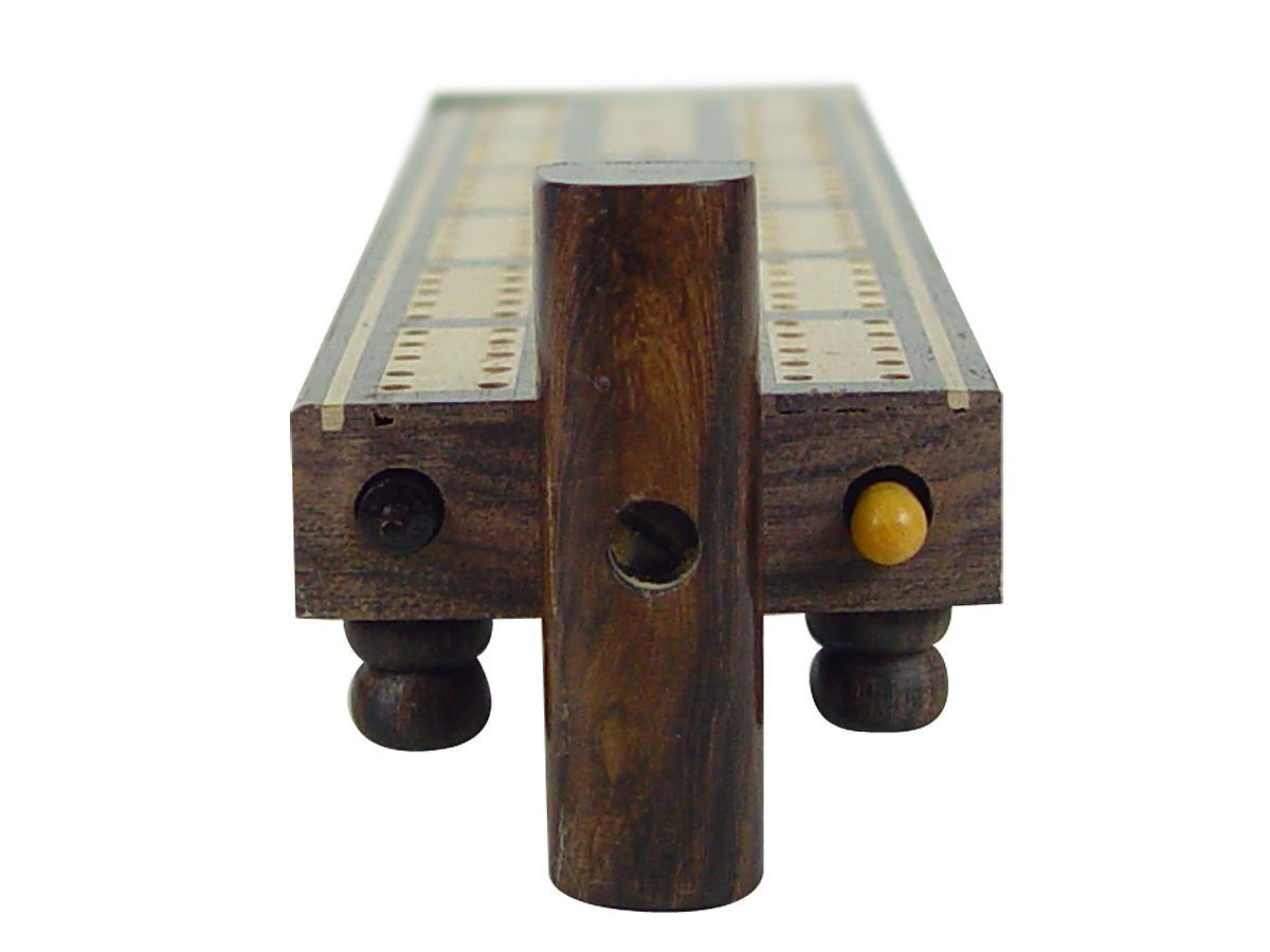 Cribbage baord with revolving lid