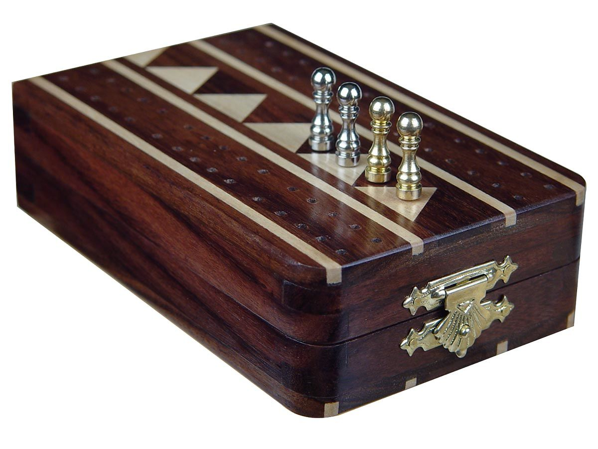 Cribbage Boards Closed position