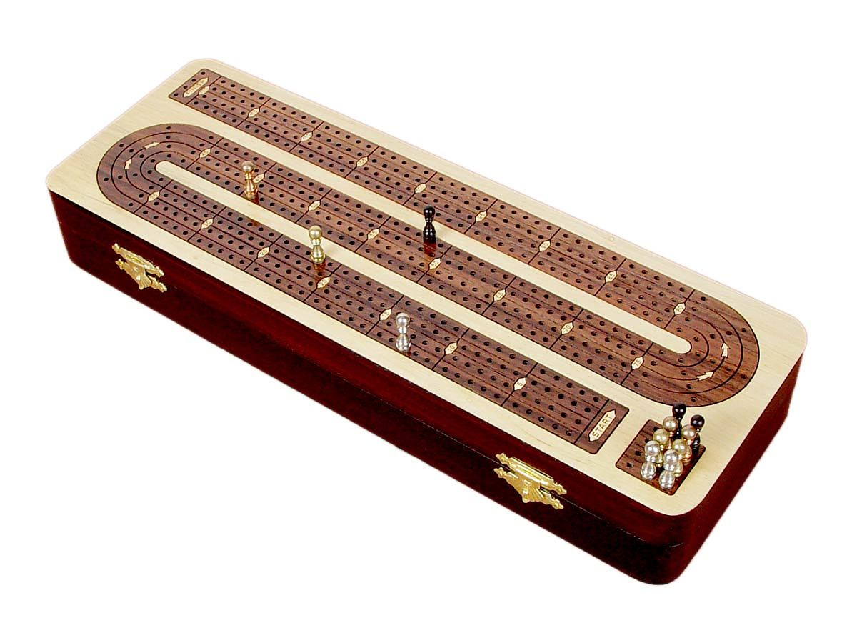 Continuous cribbage board 4 Tracks - Cribbage box in closing position