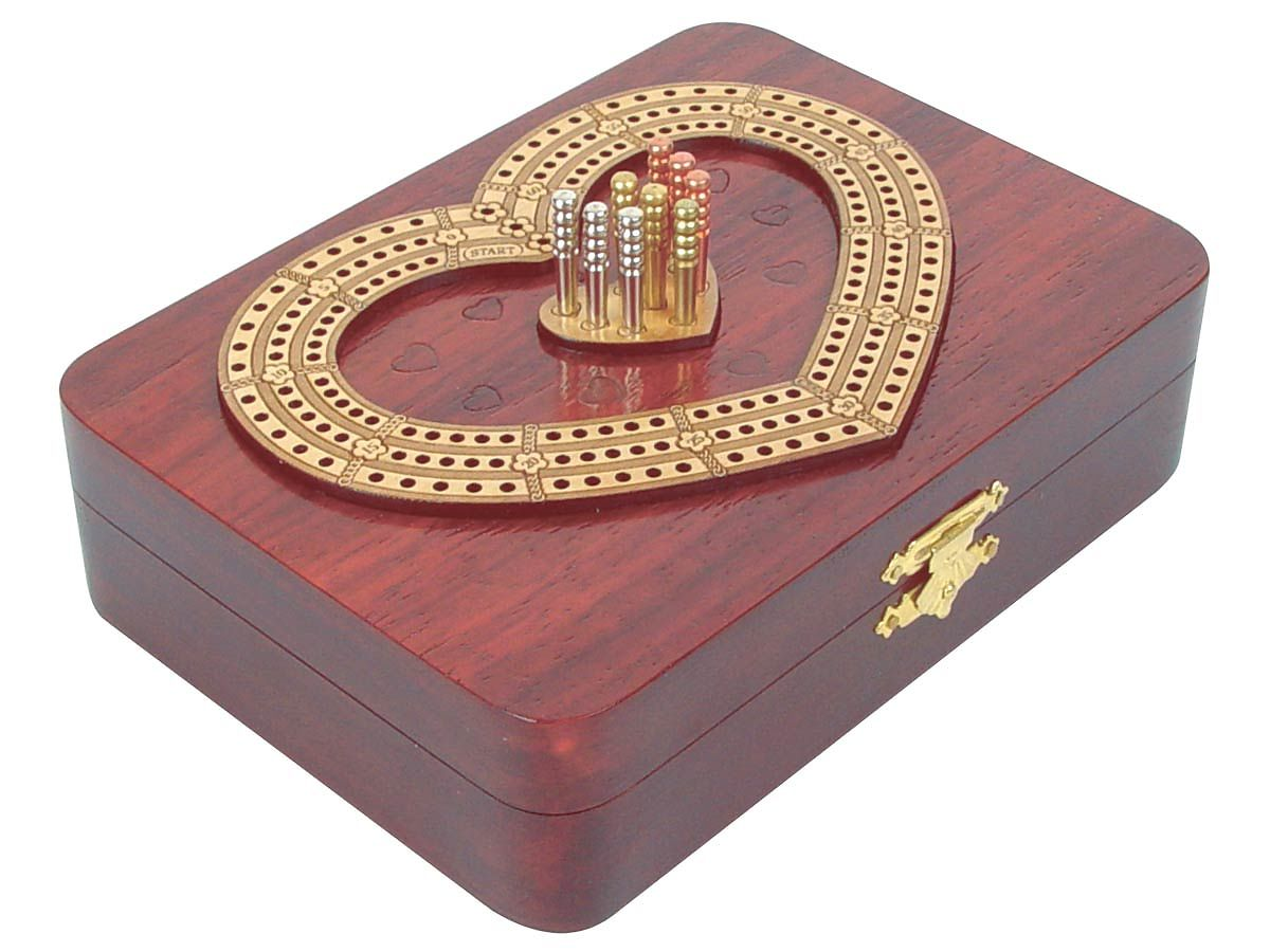Side View of Continuous Cribbage Board Heart Shape