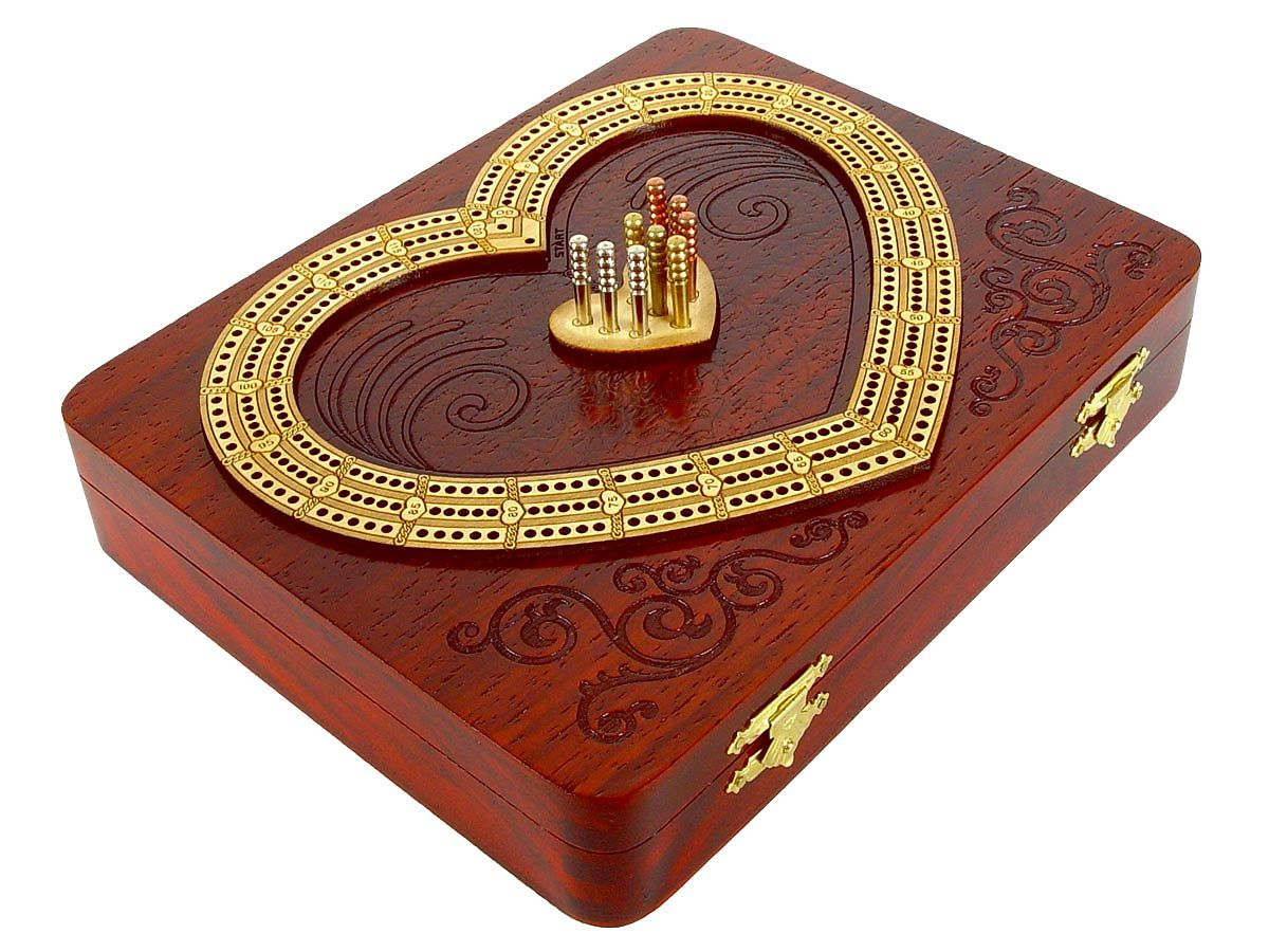 Side View of Heart Shape Cribbage Board