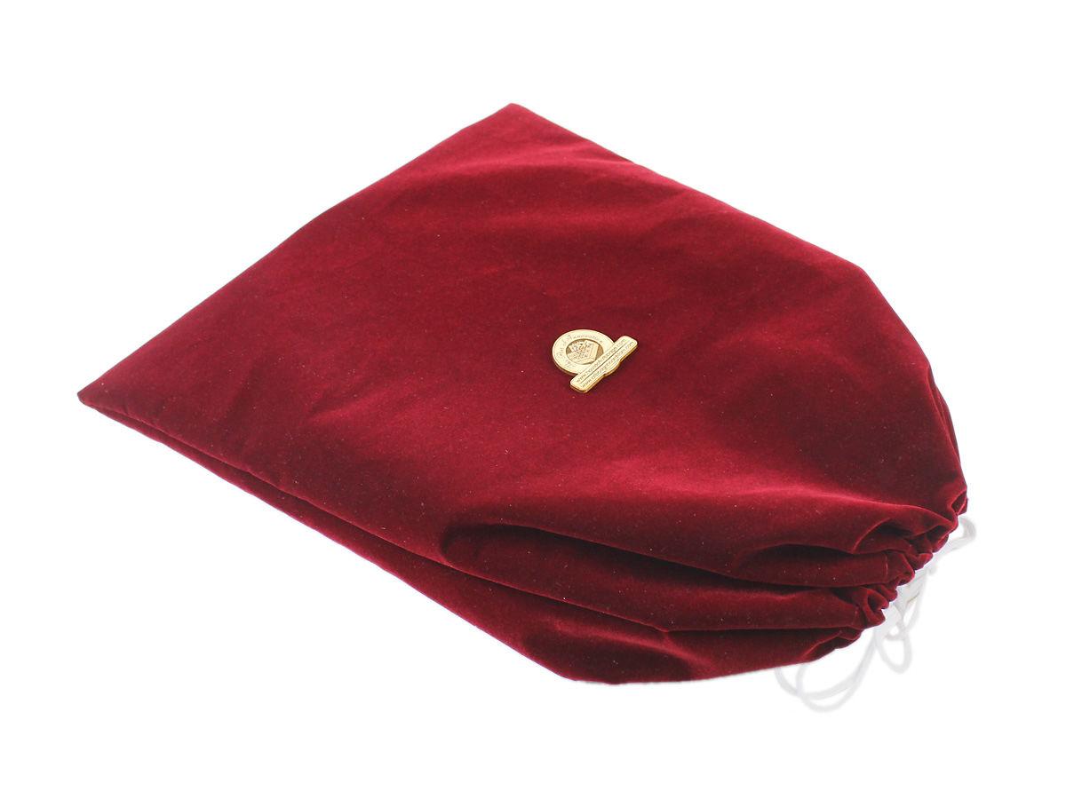 Drawstring Velvet Bag Provided with the Board