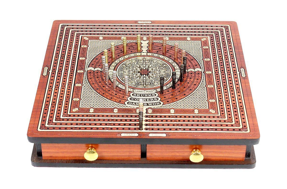 Square shape cribbage board with drawers closed